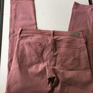 AG slim straight ankle jeans size 28R